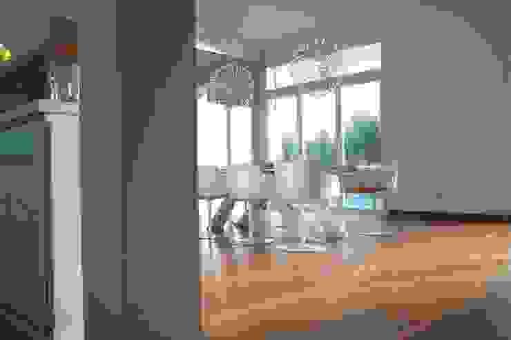 Frigge Bau und Möbeltischlerei Dining roomChairs & benches