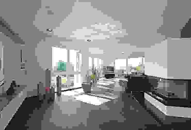 Frigge Bau und Möbeltischlerei Living roomSofas & armchairs