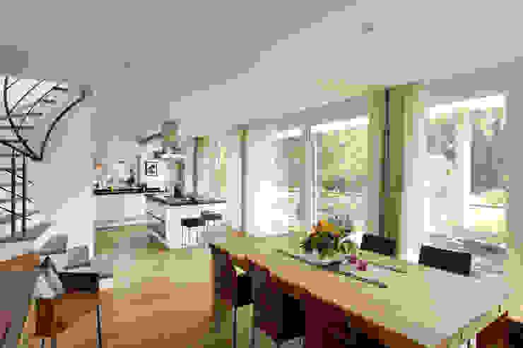 Frigge Bau und Möbeltischlerei Dining roomTables