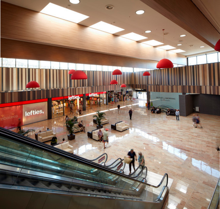 La Jonquera Shopping Centre Centros comerciales de Octavio Mestre Arquitectos