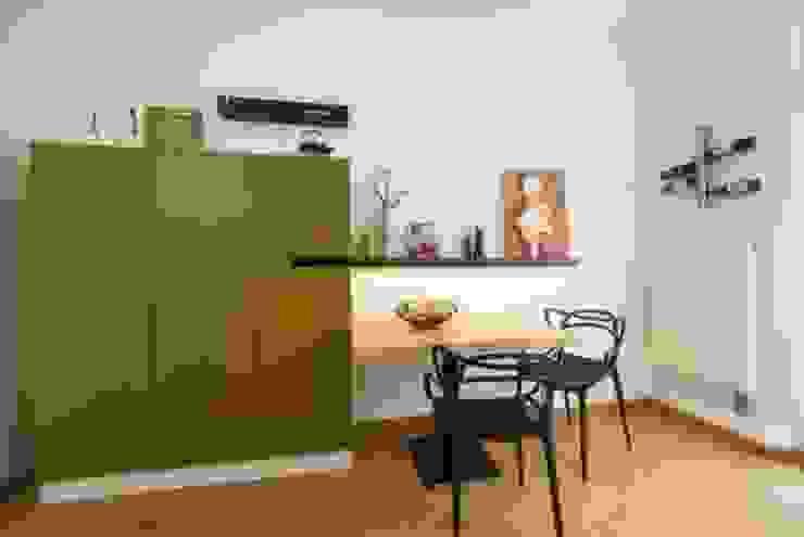 Cocinas modernas de tRÄUME - Ideen Raum geben Moderno