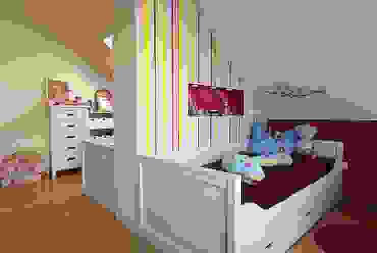 Dormitorios infantiles de estilo  de tRÄUME - Ideen Raum geben, Clásico