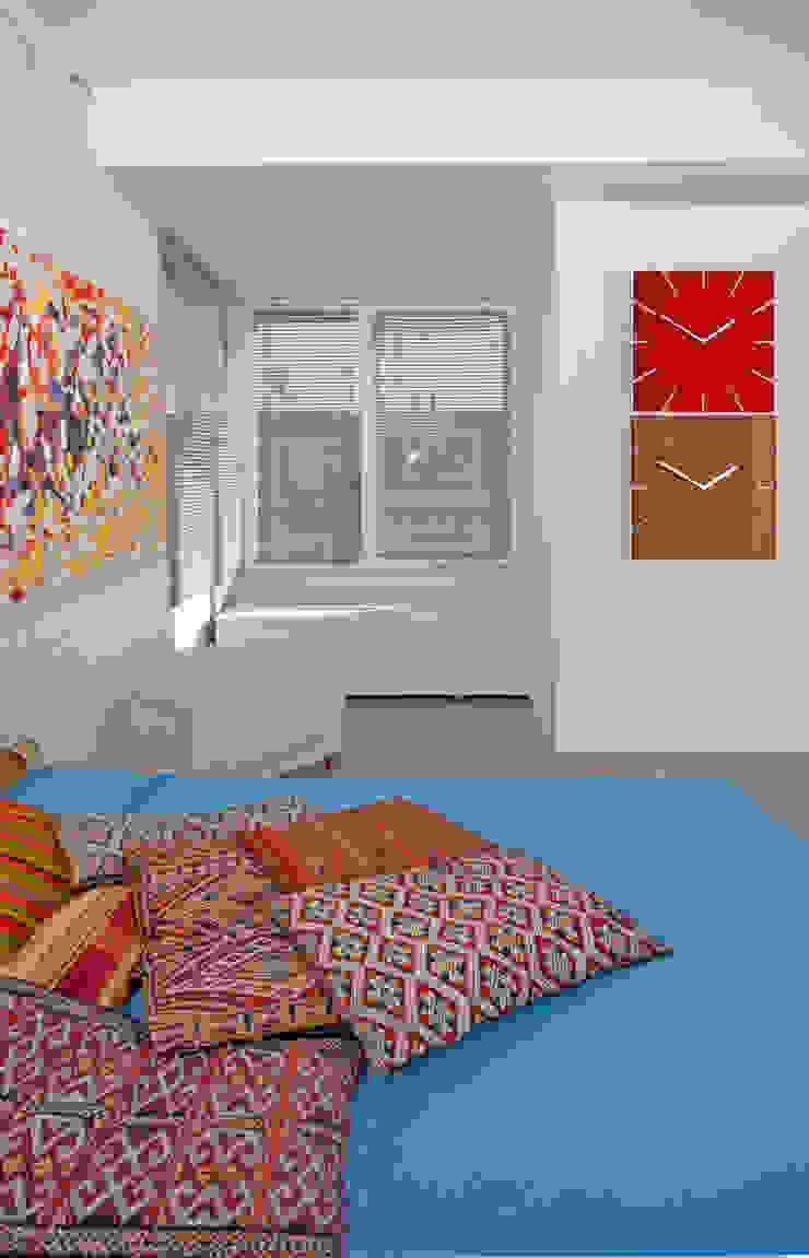 Ristrutturazione di un appartamento in Roma – 70 mq Camera da letto moderna di Fabiola Ferrarello Moderno
