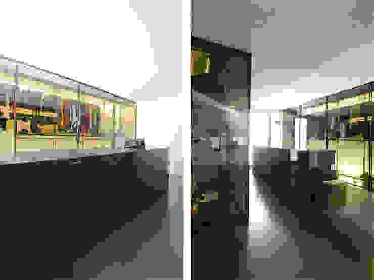 Atelier-Wohnung Moderne Ladenflächen von Lehmann Art Deco Architekt Modern