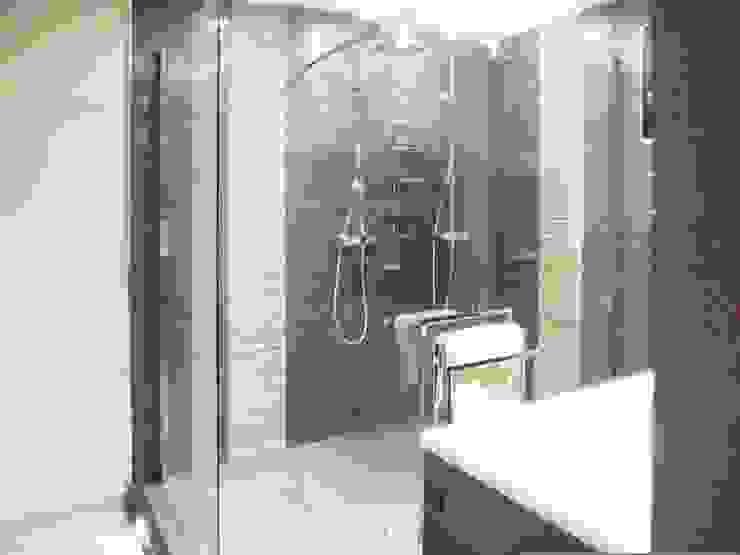 Casas de banho modernas por HOME feeling Moderno