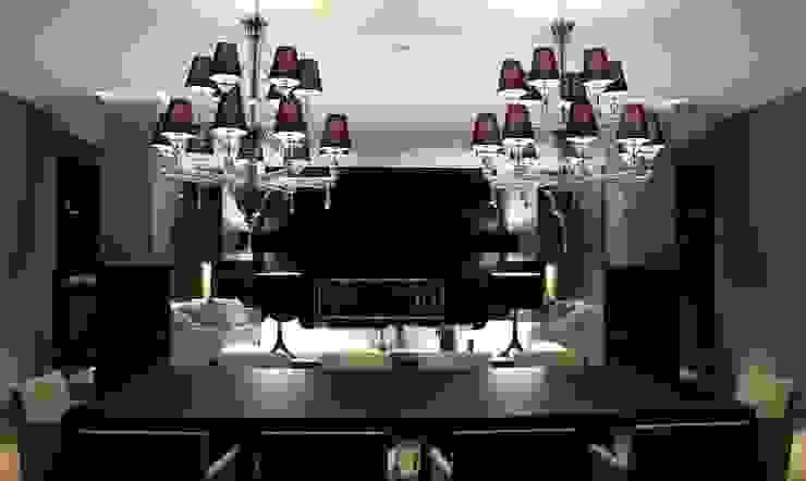 AEX home Sala da pranzo moderna di Ernesto Fusco Moderno Legno Effetto legno