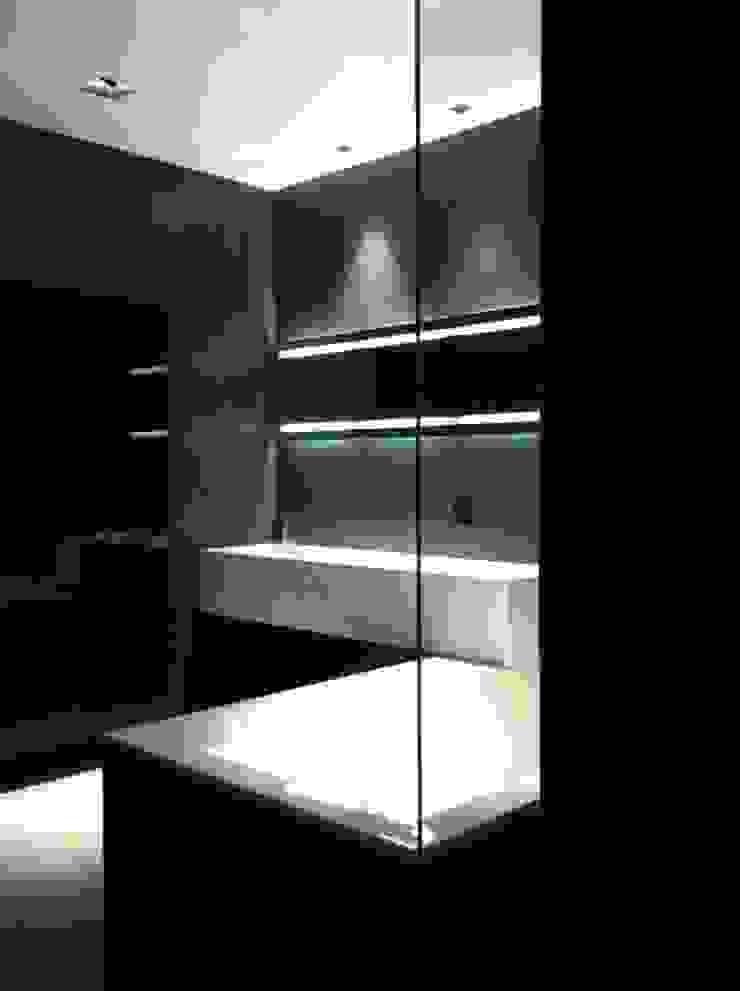 AEX home Bagno minimalista di Ernesto Fusco Minimalista Quarzo