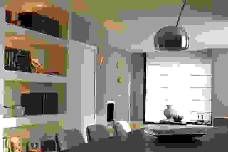 Ernesto Fusco Salas de estilo moderno Ladrillos Blanco