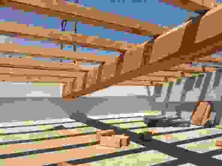 Recupero di un palazzetto terra cielo di CAFElab studio Mediterraneo