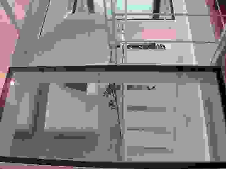 Alloggio RB Ingresso, Corridoio & Scale di Progetti d'Interni e Design