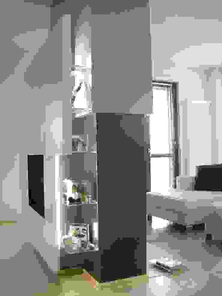 Progetti d'Interni e Design WohnzimmerRegale