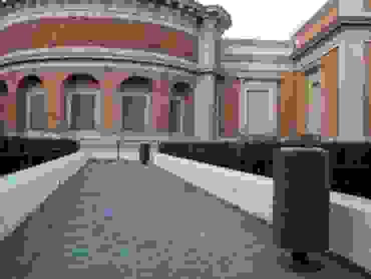 Museo del Prado, Madrid – España Museos de estilo clásico de BENITO URBAN SLU Clásico
