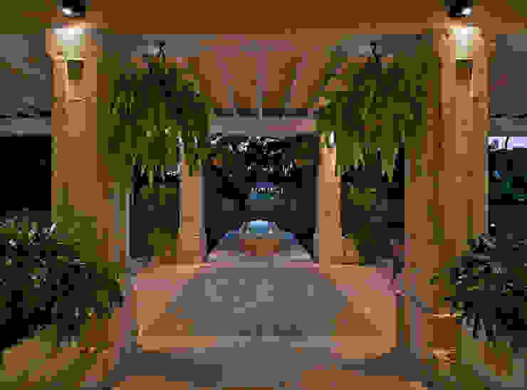 Hall de Terraza Artigas Arquitectos Pasillos, vestíbulos y escaleras de estilo rústico