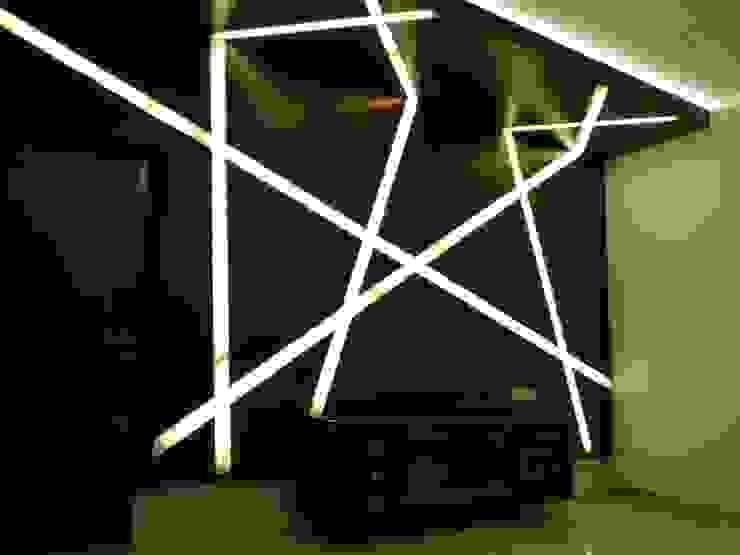 Living room Modern media room by Hasta architects Modern