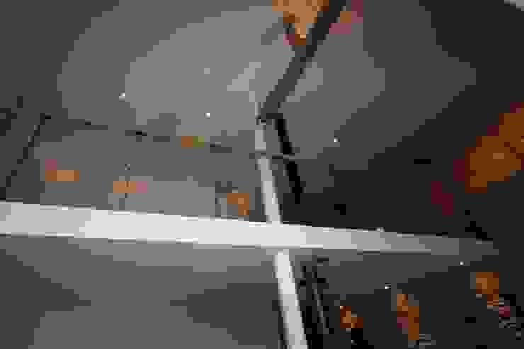 LANDHUIS HENUMONT – BELGISCHE ARDENNEN Landelijke gangen, hallen & trappenhuizen van D. M. Alferink architect Landelijk