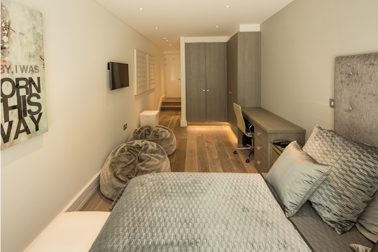 Templewood Avenue, NW3 Scandinavian style bedroom by XUL Architecture Scandinavian