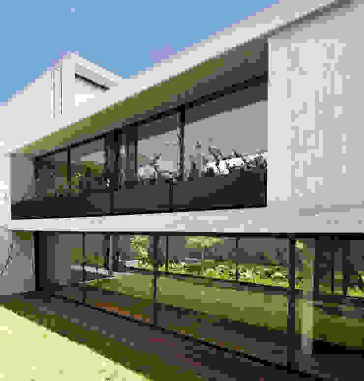 Casa Maruma Casas de estilo moderno de © Sandra Pereznieto Moderno