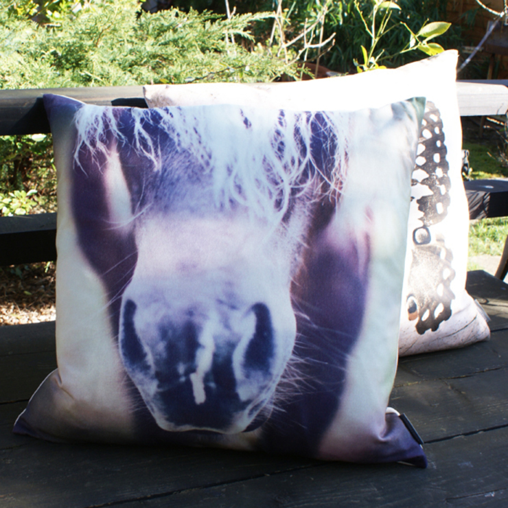 Cheval cushion: eclectic  by Decorum, Eclectic
