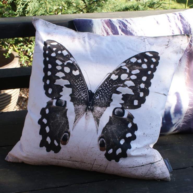 Crysallis cushion: eclectic  by Decorum, Eclectic