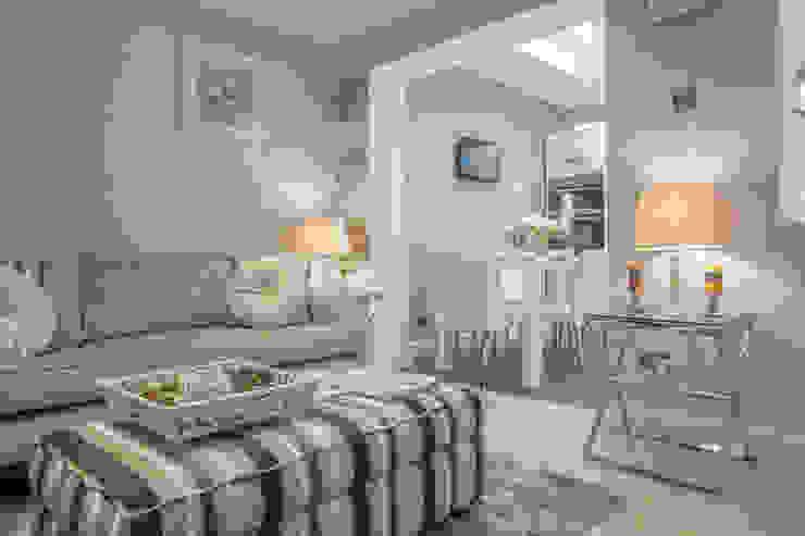 Living room - Canary Wharf Modern living room by Millennium Interior Designers Modern