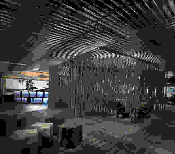"""The Cave"" Sala VIP ARCOmadrid 2013:  de estilo industrial de Q:NØ Arquitectos , Industrial"