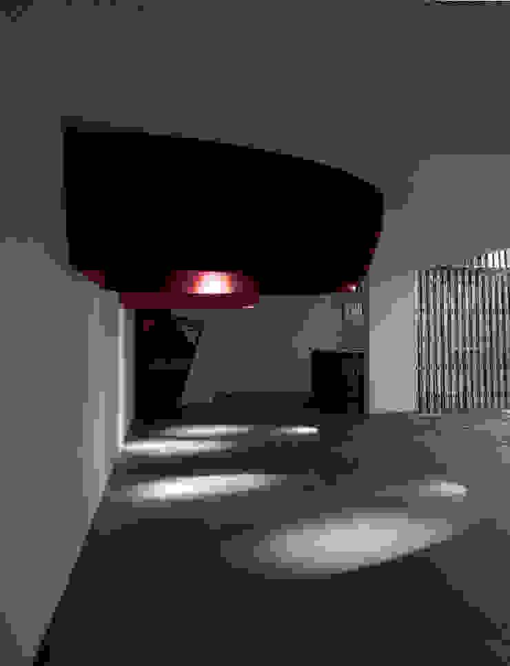 par Q:NØ Arquitectos Moderne
