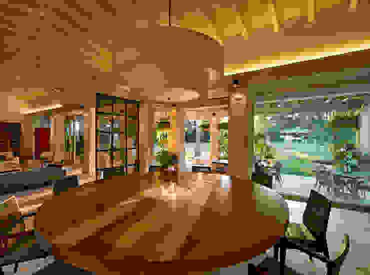 Salas de jantar modernas por Artigas Arquitectos Moderno