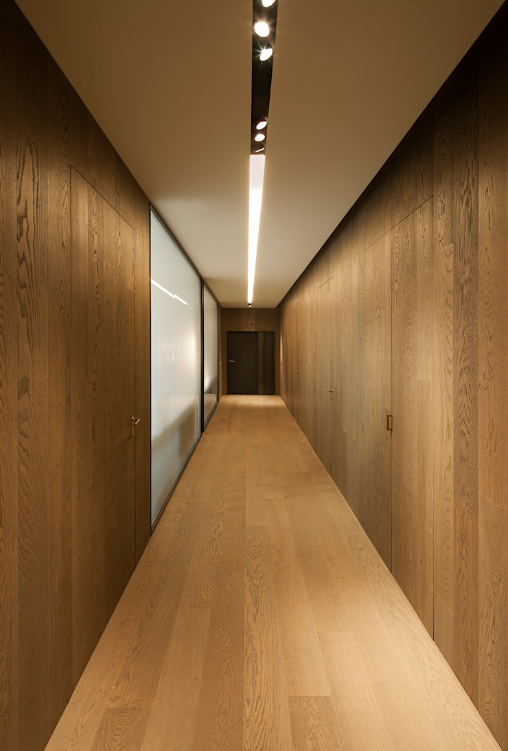 Offices & stores by ISABEL LOPEZ VILALTA + ASOCIADOS