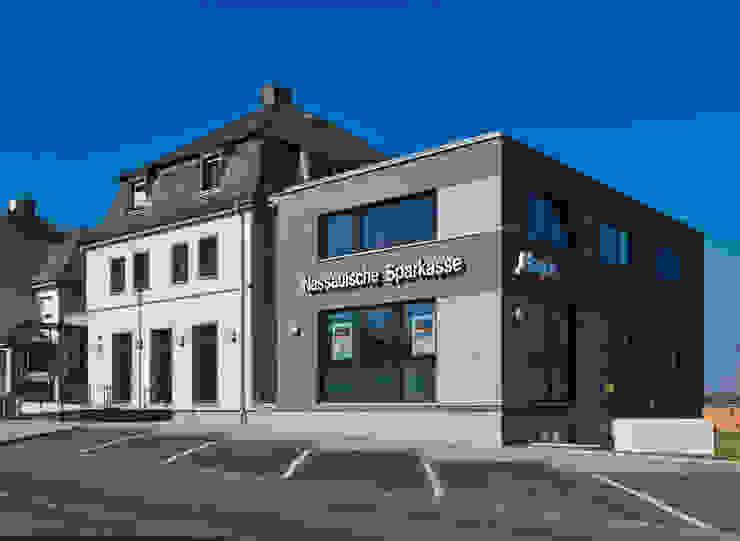 Altbauvilla mit Neubau Moderne Bürogebäude von BITSCH + BIENSTEIN Architekten PartGmbB Modern
