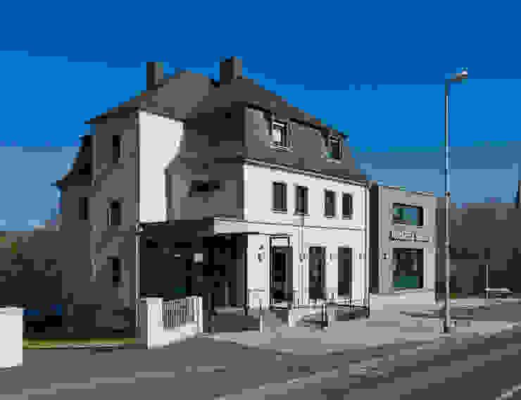 Altbauvilla mit Neubau Klassische Bürogebäude von BITSCH + BIENSTEIN Architekten PartGmbB Klassisch