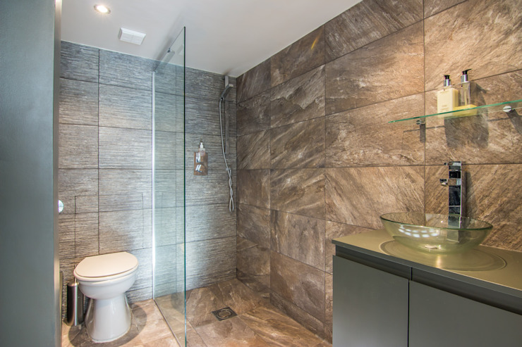 Shower Room: modern  von homify,Modern