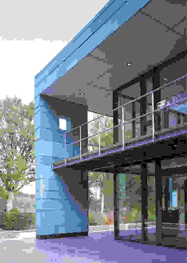 Fassade Moderne Häuser von Stadie + Stadie Architekten Modern