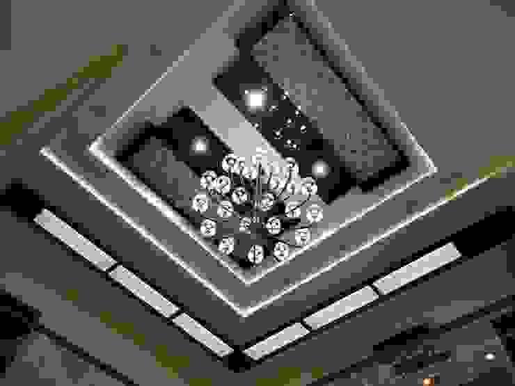 Residence of Mr.Chandru Modern living room by Hasta architects Modern