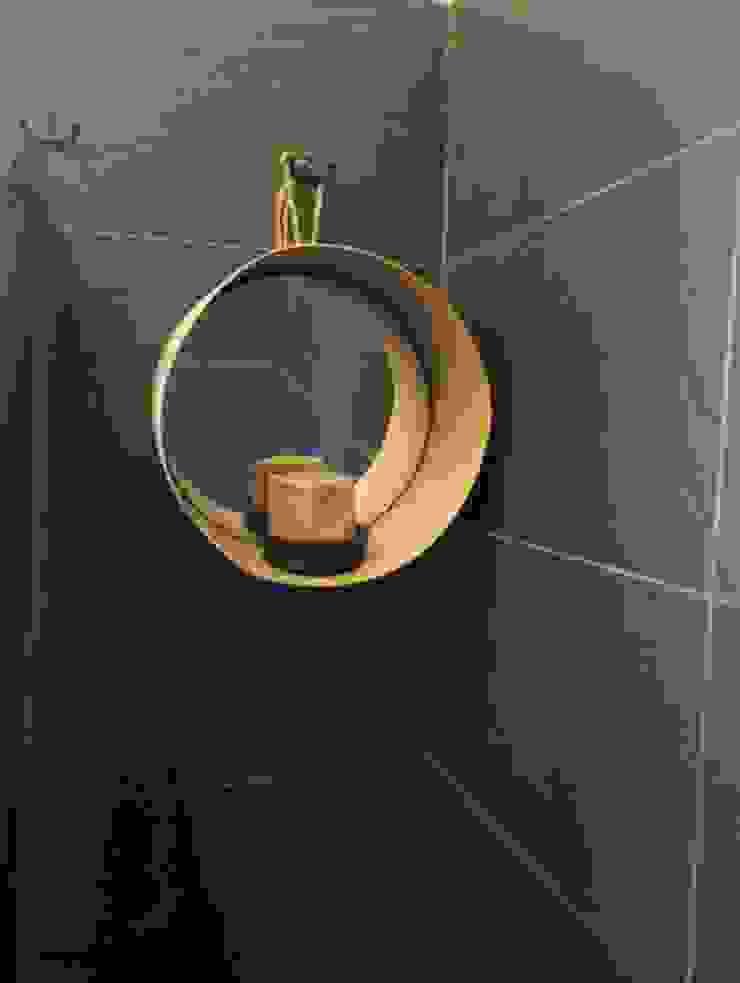 Création d'une salle de bain Salle de bain scandinave par Stéphanie CHAMBOURG CHASSAN Scandinave