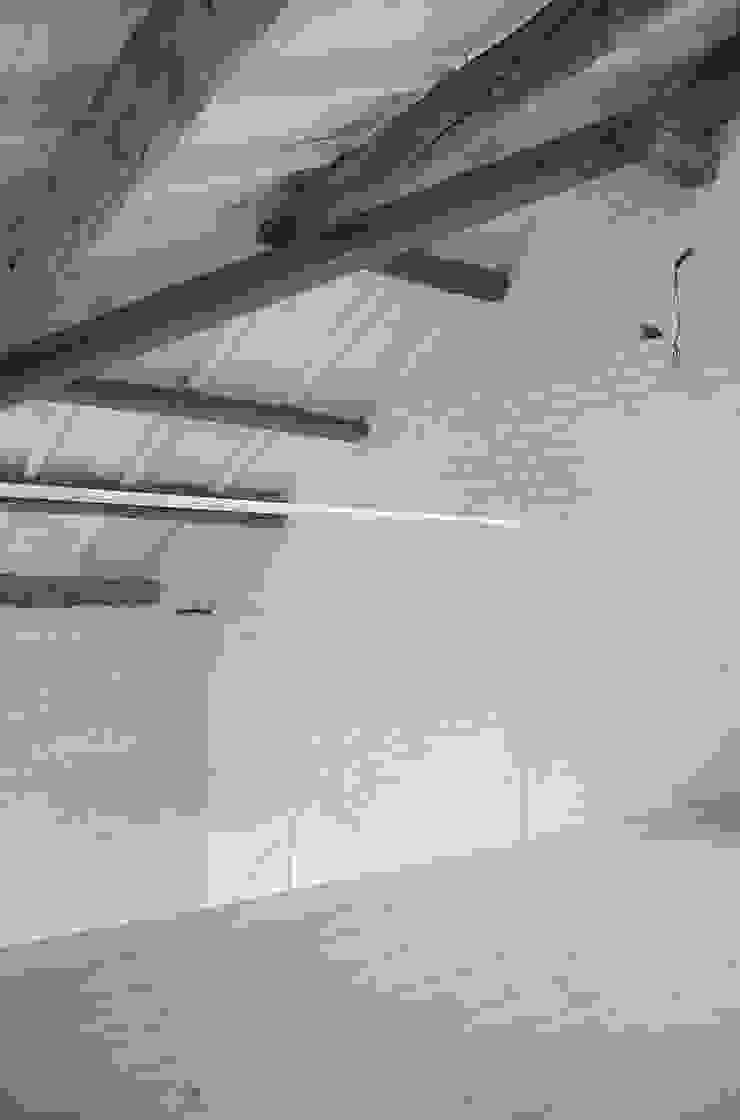 거실 by Bertolone+Plazzogna Architetti