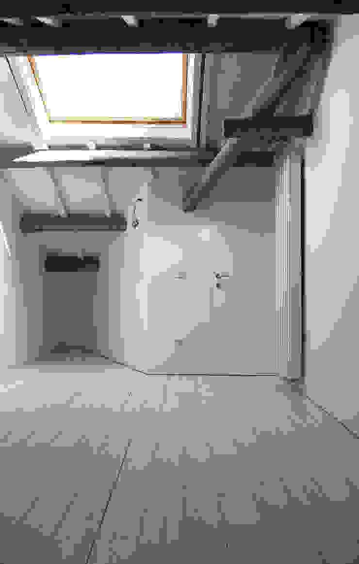 침실 by Bertolone+Plazzogna Architetti