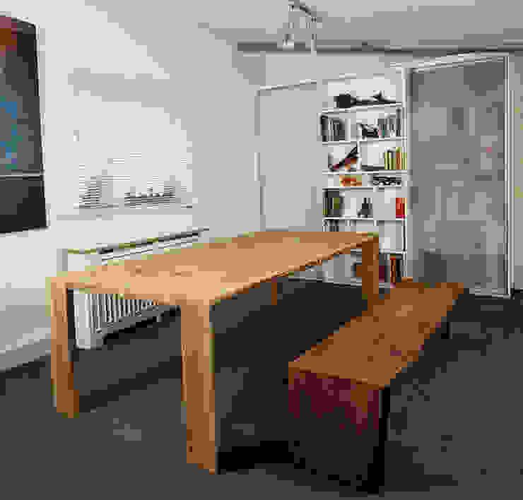 Sala da pranzo moderna di Hanssen+Eltermann Moderno