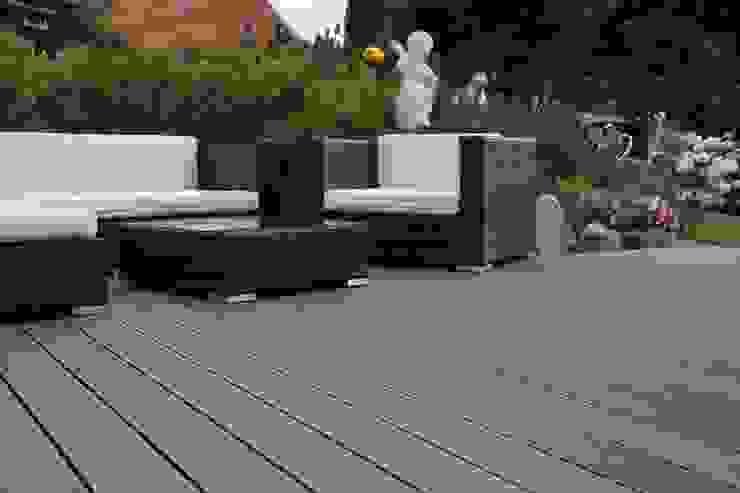 Terrassenbelag : modern  von Bernhard Preis - Interior Design aus der Region Tegernsee,Modern