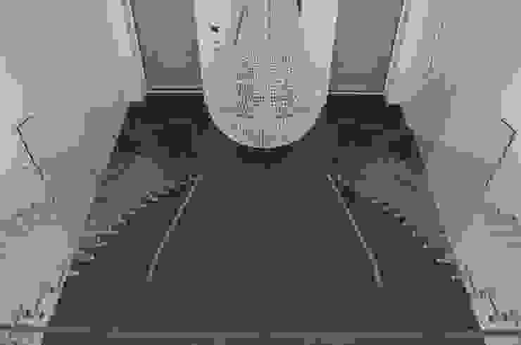 Zwillings Glastreppe von oben: industriell  von Siller Treppen/Stairs/Scale,Industrial Glas