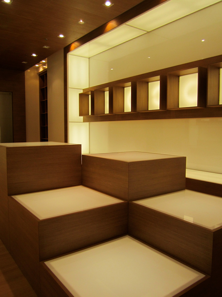 Ernesto Fusco Office spaces & stores Kayu Wood effect