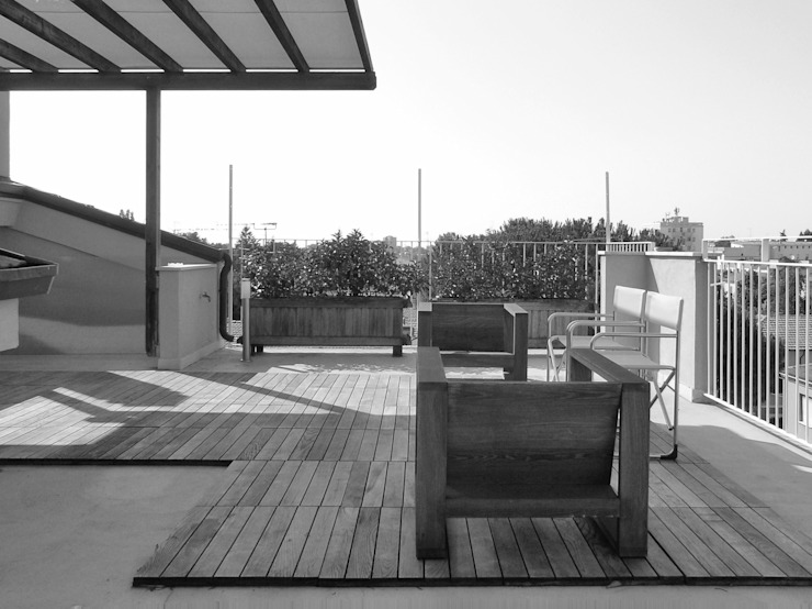 Balcones y terrazas de estilo moderno de Nuovostudio Architettura e Territorio Moderno