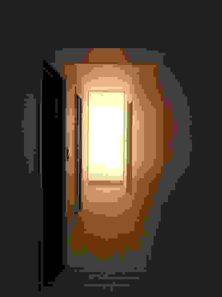 Allegre + Bonandrini architectes DPLG Koridor & Tangga Modern