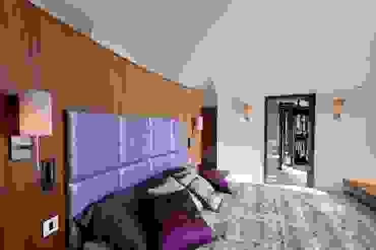 Lancashire Residence Modern style bedroom by Kettle Design Modern