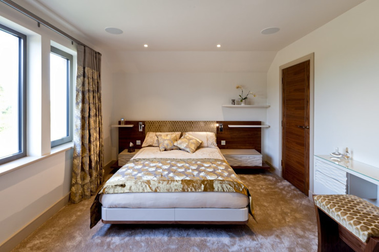 Lancashire Residence Classic style bedroom by Kettle Design Classic
