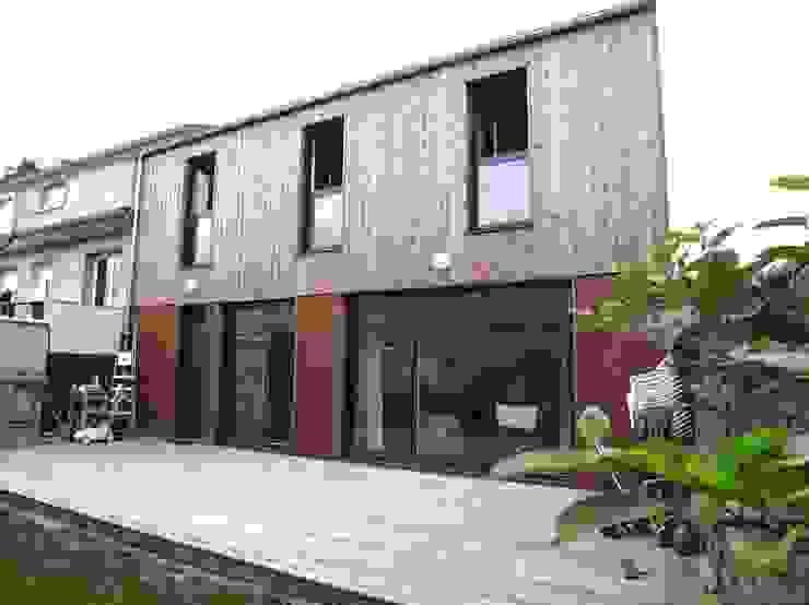 Modern houses by Allegre + Bonandrini architectes DPLG Modern