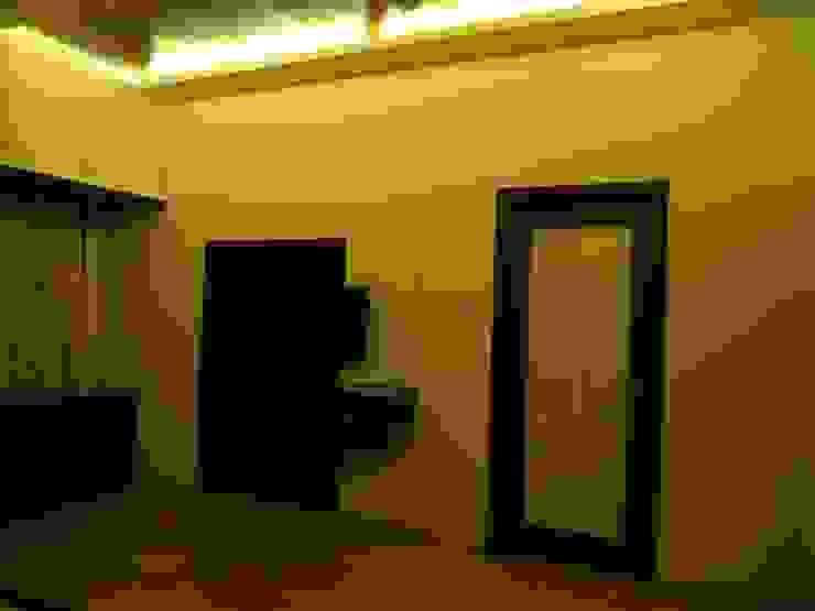 Ground floor Master bedroom Modern style bedroom by Hasta architects Modern