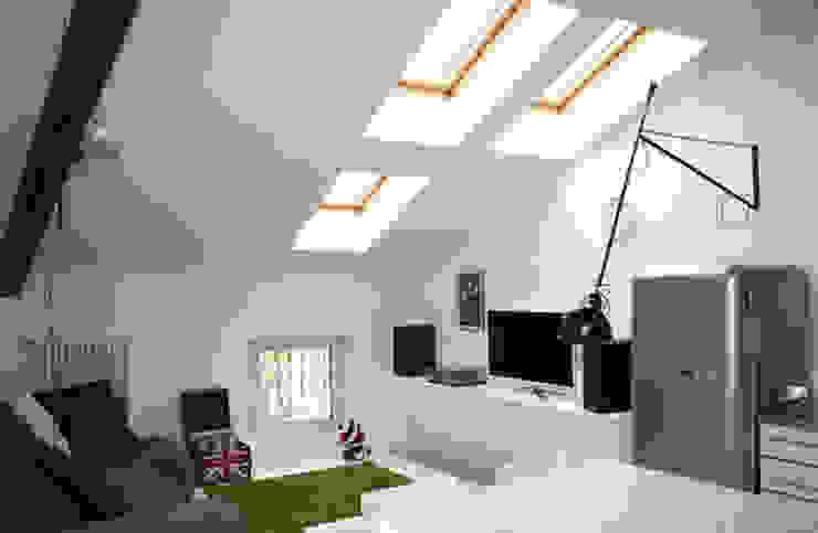 appartamento B Soggiorno moderno di michele roccabruna architetto Moderno