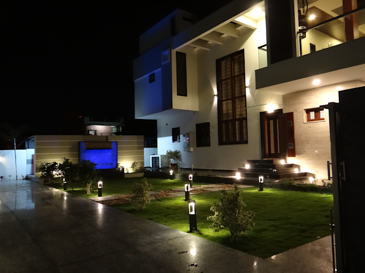 Residence of Mr.Chandru Modern houses by Hasta architects Modern