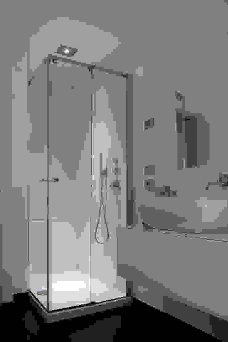 Box doccia in angolo modello SC2 di GAL srl Moderno