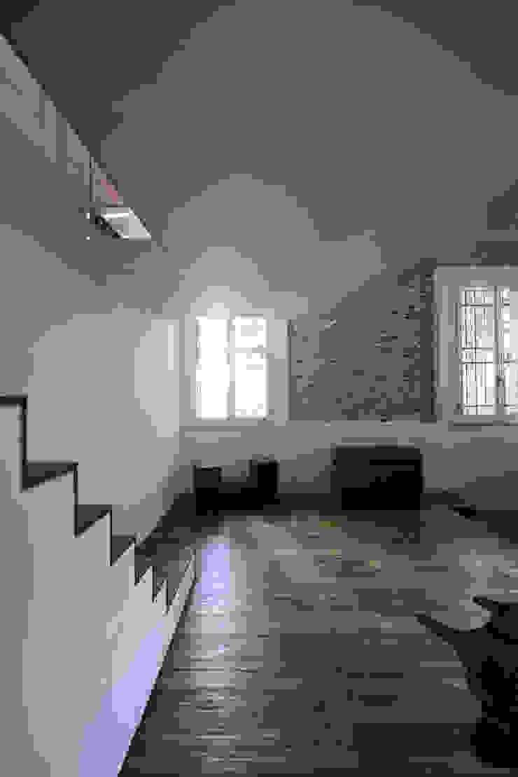 Modern Oturma Odası MIDE architetti Modern